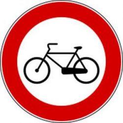 divieto transito biciclette