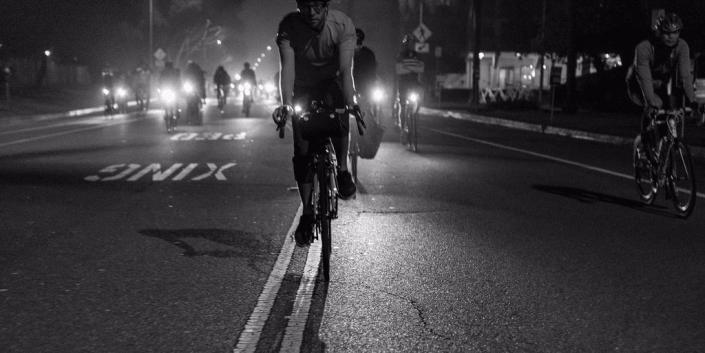 ciclisti di notte