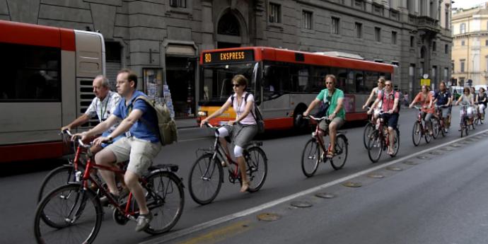 roma fila di bici